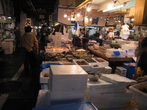 800pxtsukiji_fish_market
